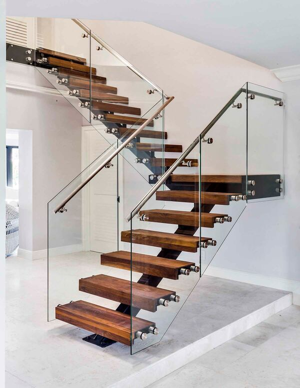 Floating Gl Staircase