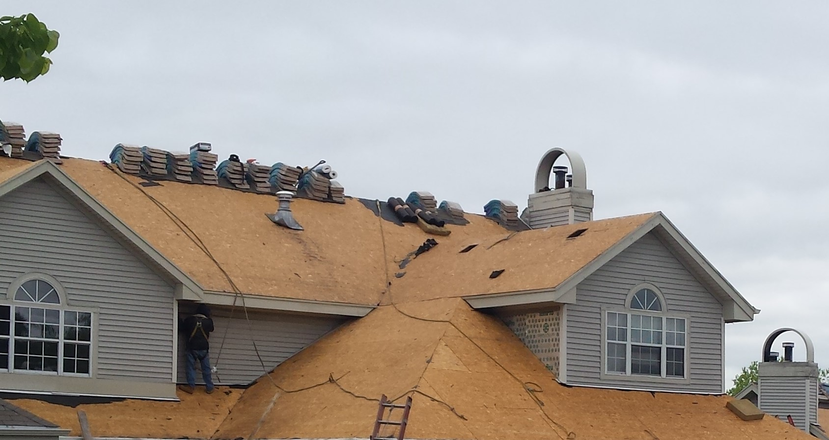Paramount Roofing Amp Siding Llc Video Amp Image Gallery
