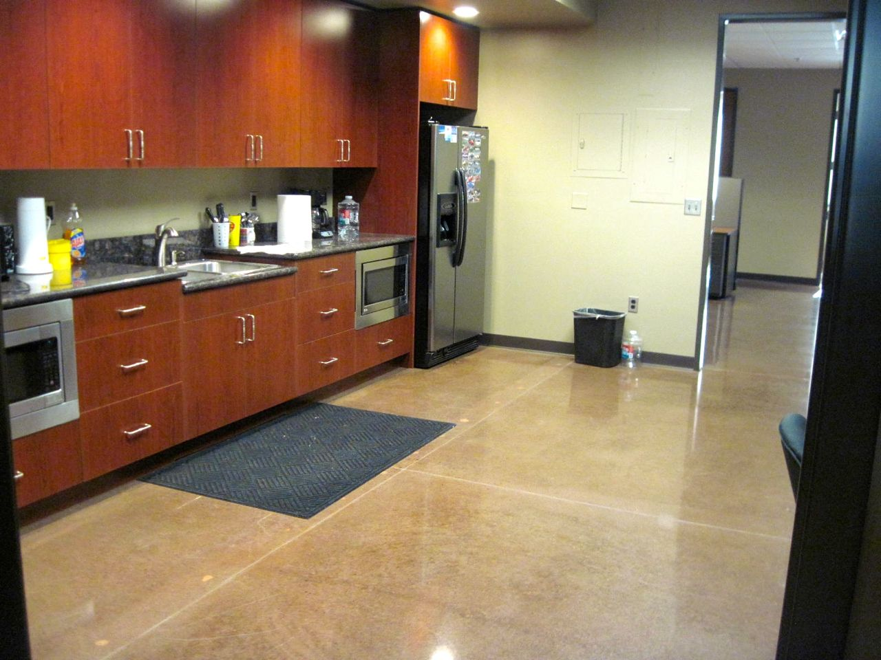 Polished Concrete - TNT Resurfacing Concrete Inc.