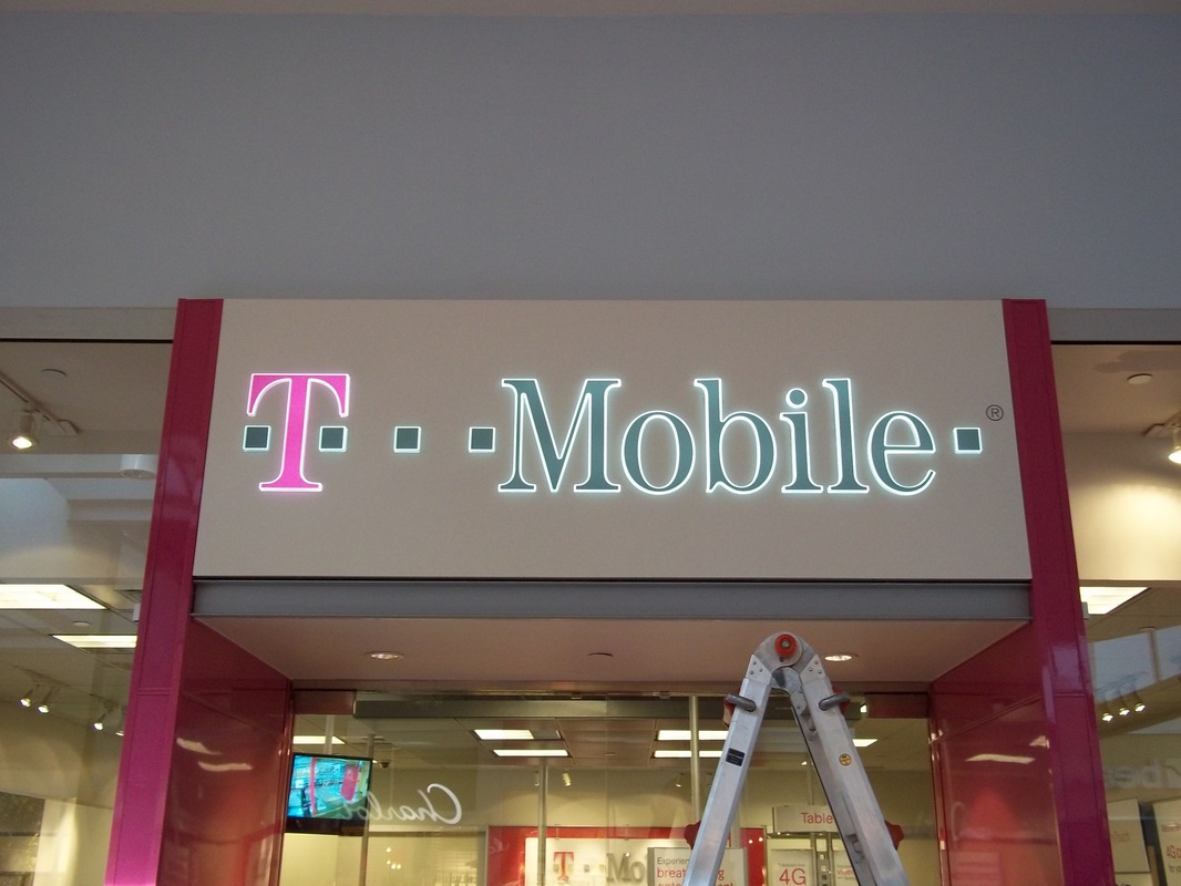 T Mobile Exterior Sign  - In A Bind Signs, Inc.