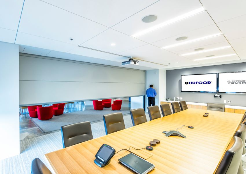 Summit by Hufcor at Time Warner & BPM Select - The Premier Building Product Search Engine | glass walls