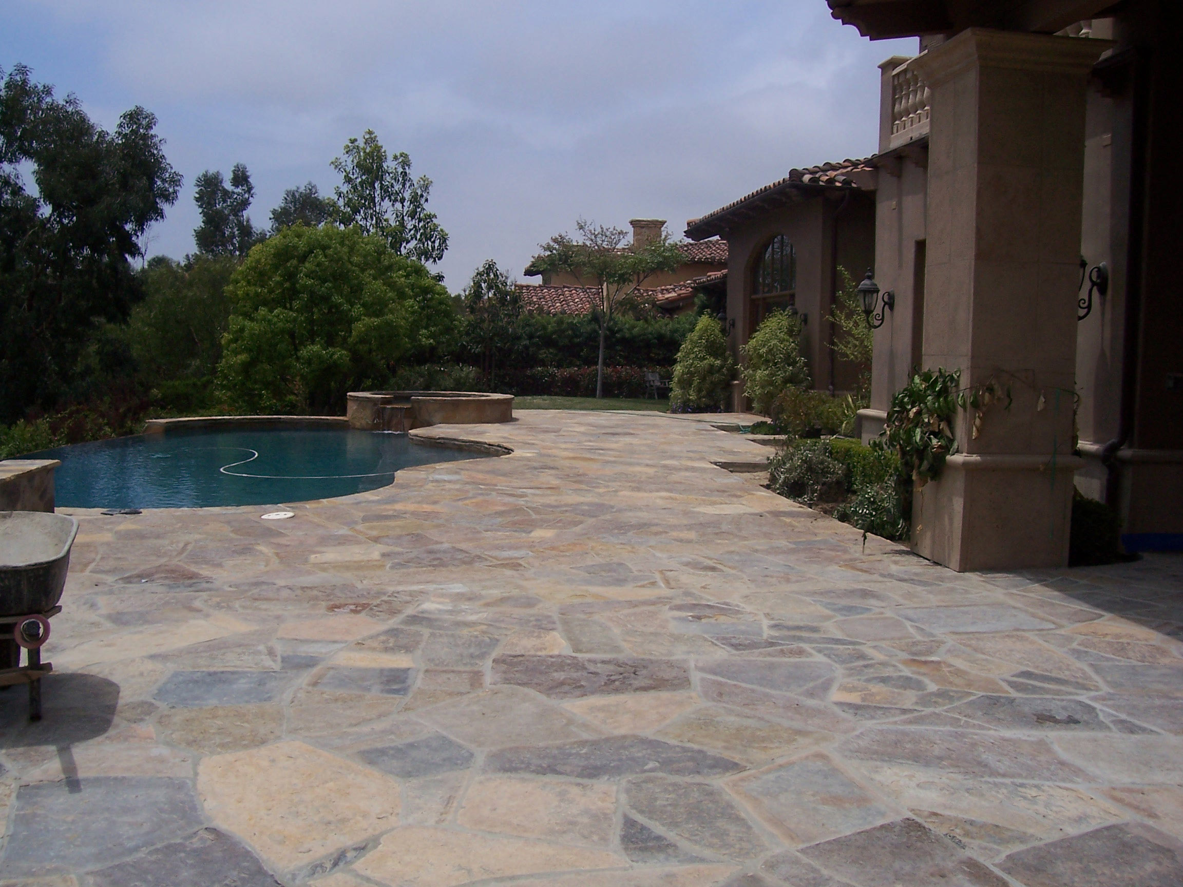 Concrete Contractors - MF Concrete Contractors LLC