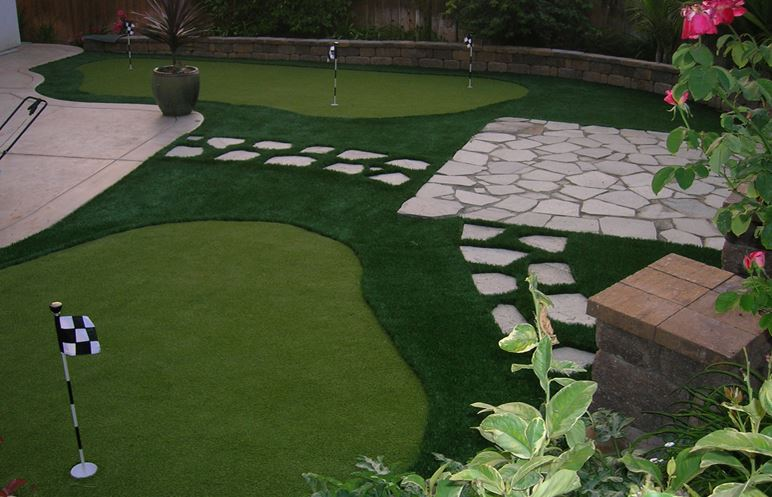 Golf/ Putting Green - California Outdoor Living