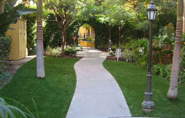 Residential Artificial Grass - California Outdoor Living