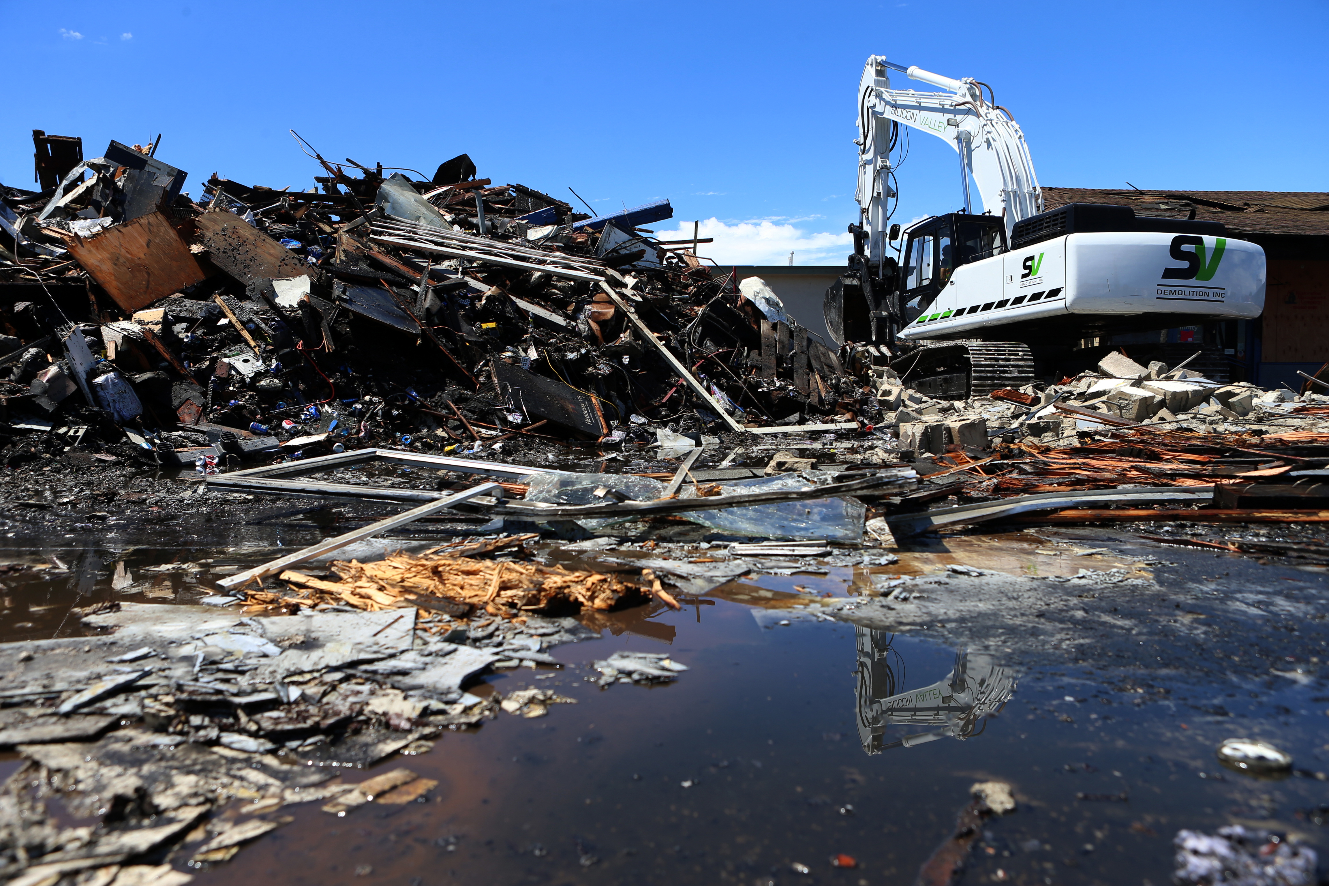 Marina Market, San Leandro - Silicon Valley Demolition, Inc.
