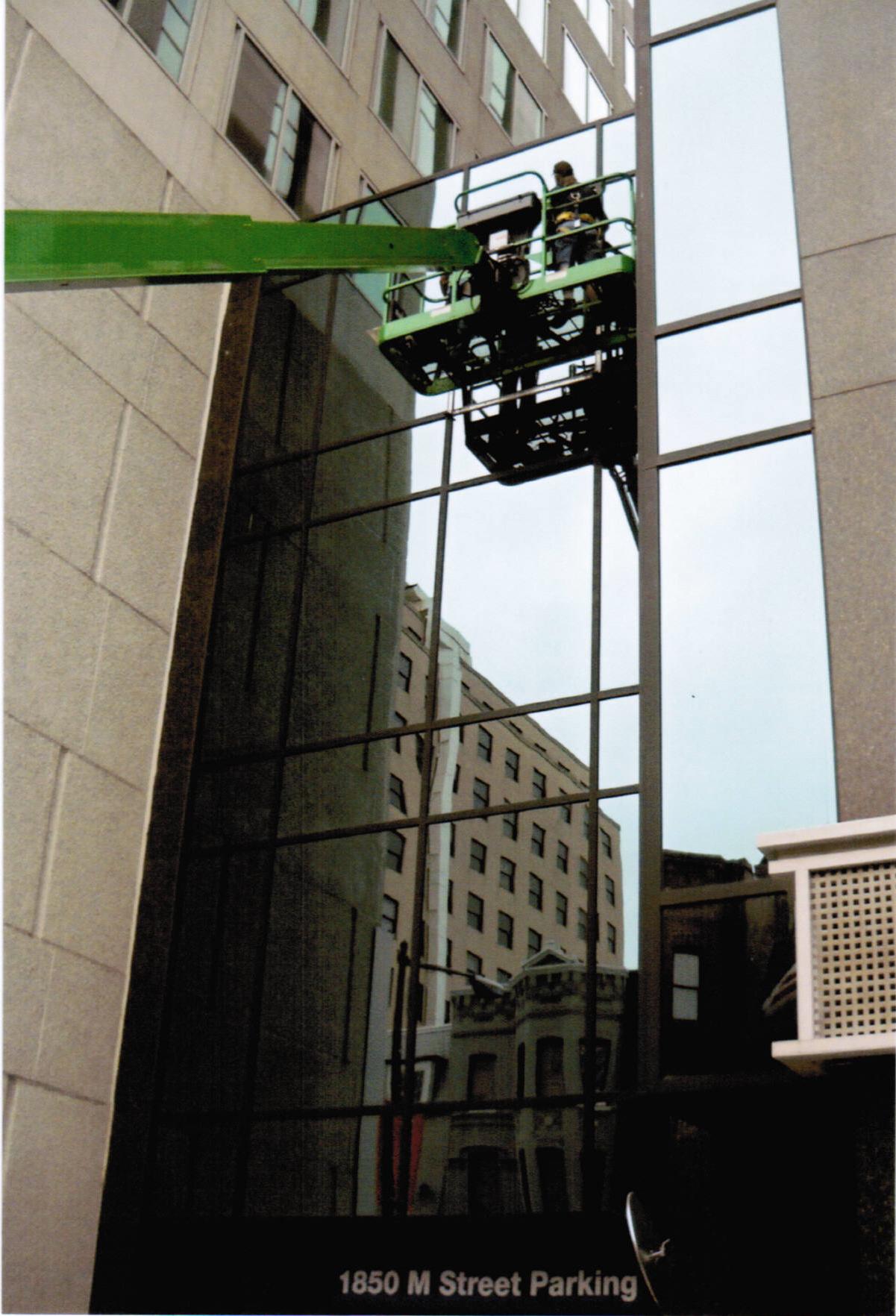1850 M Street - Apple Valley Glass & Doors Company Inc.