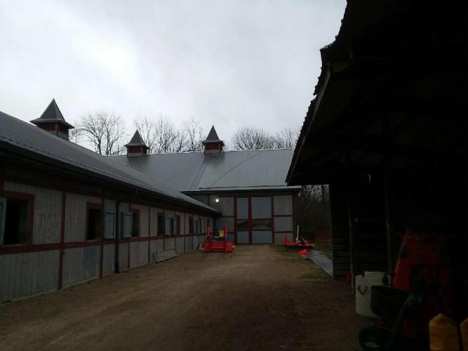 Crimson Stables Horse Barn By In Bloomington In Proview