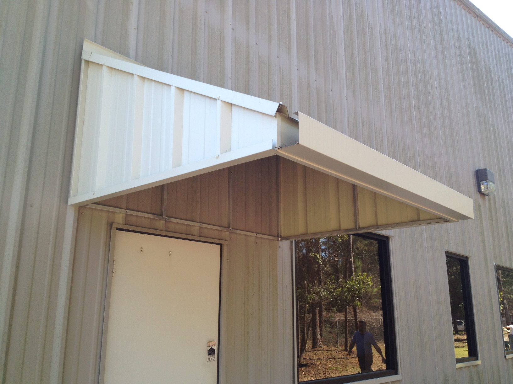 American Construction Of Texas R Panel Awning W Gutter