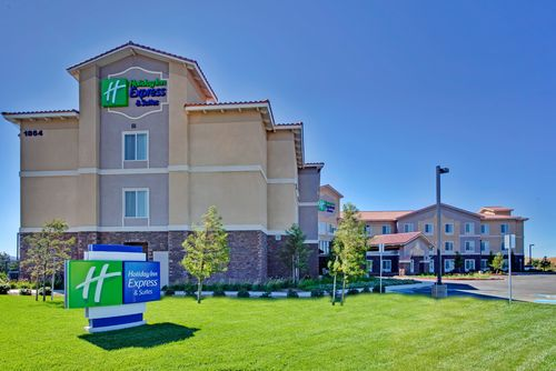 HOLIDAY INN - BEAUMONT, CA - Pro Door & Window
