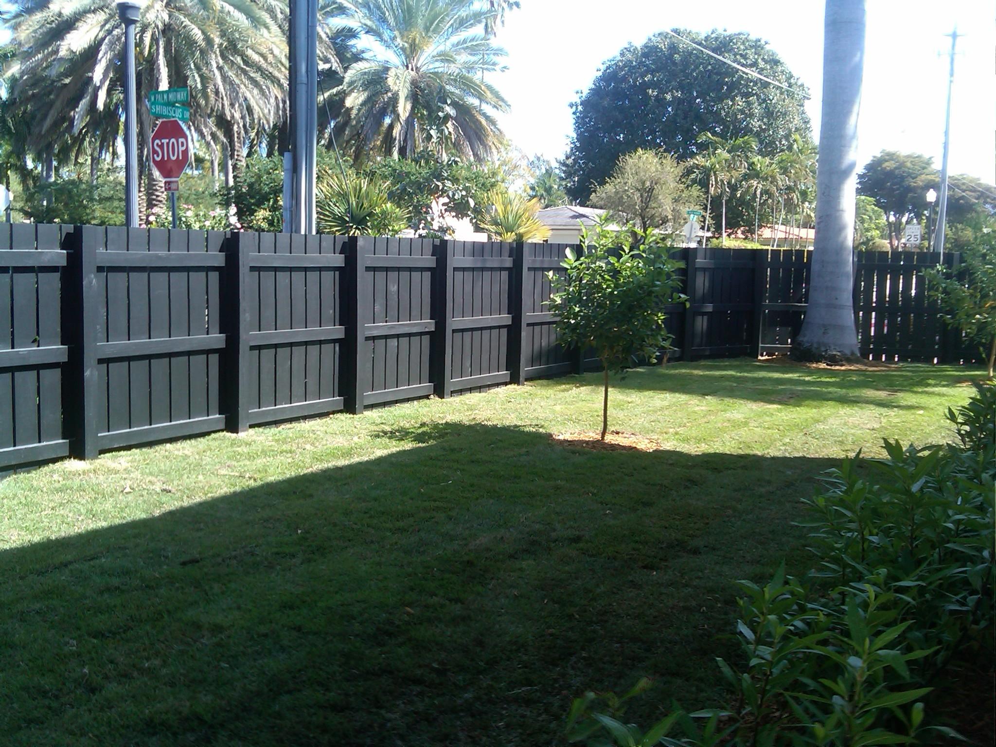 John 39 s garage door hialeah florida proview for Garage fence