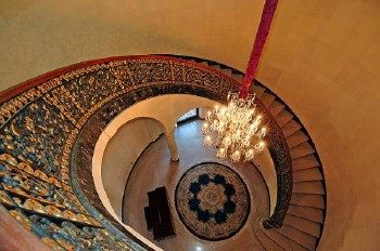Historic staircase and foyer . . . - Marble Medics Of America, Inc.