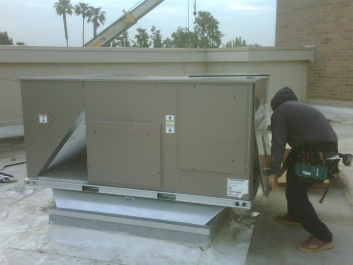 7.5 ton change out @ vally plaza - California Air Systems