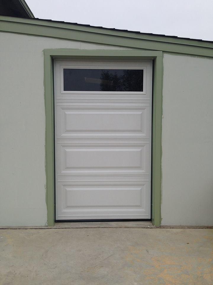 Door 1 systems inc video image gallery proview for 1 piece garage door