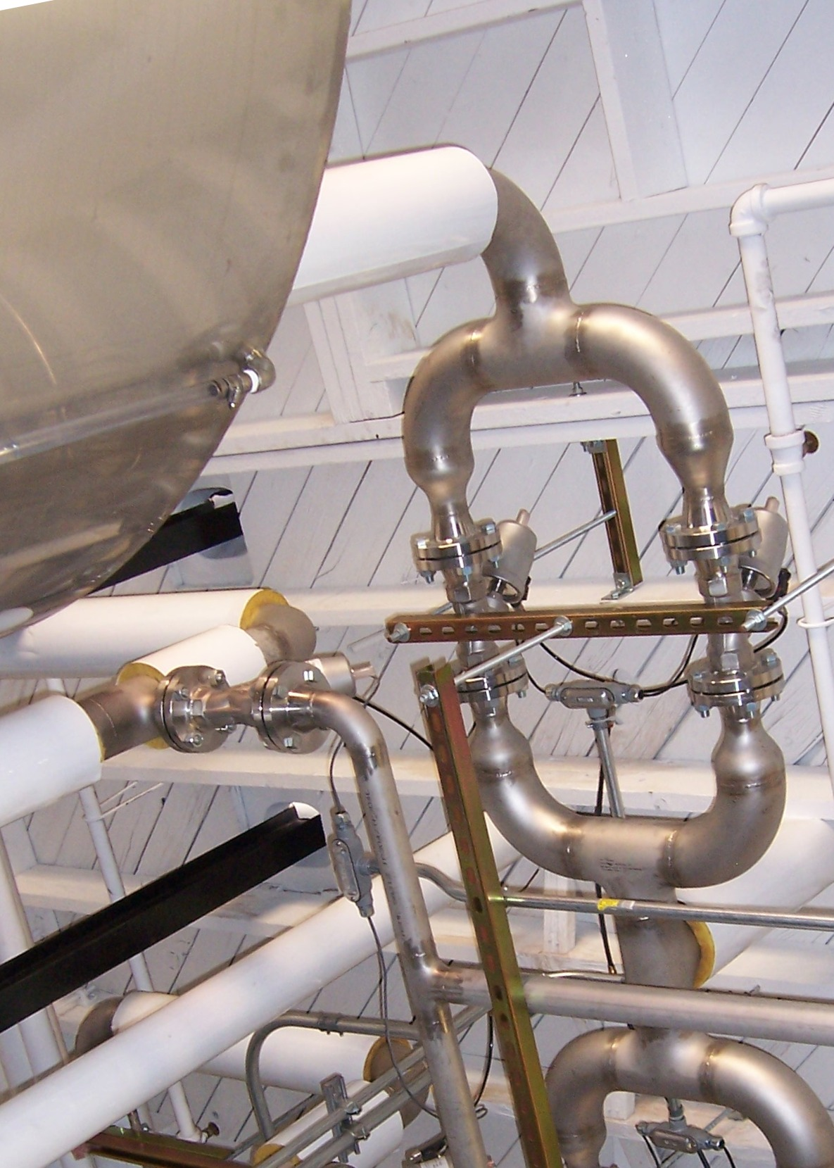 Stainless steel process piping with valves - Carson Valley Inc. - Stainless Steel Specialists