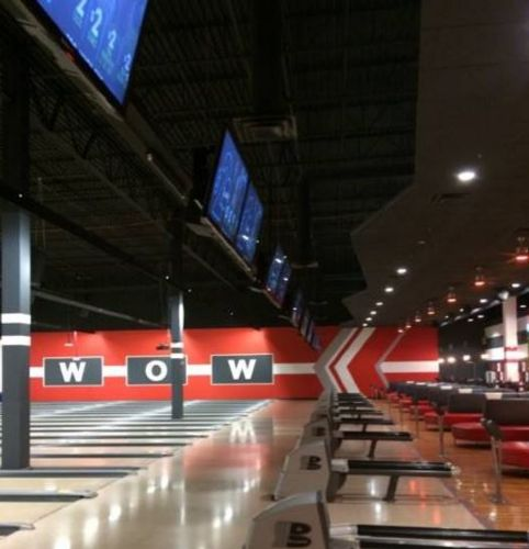 Brunswick Zone Bowling Alley By In Algonquin, IL
