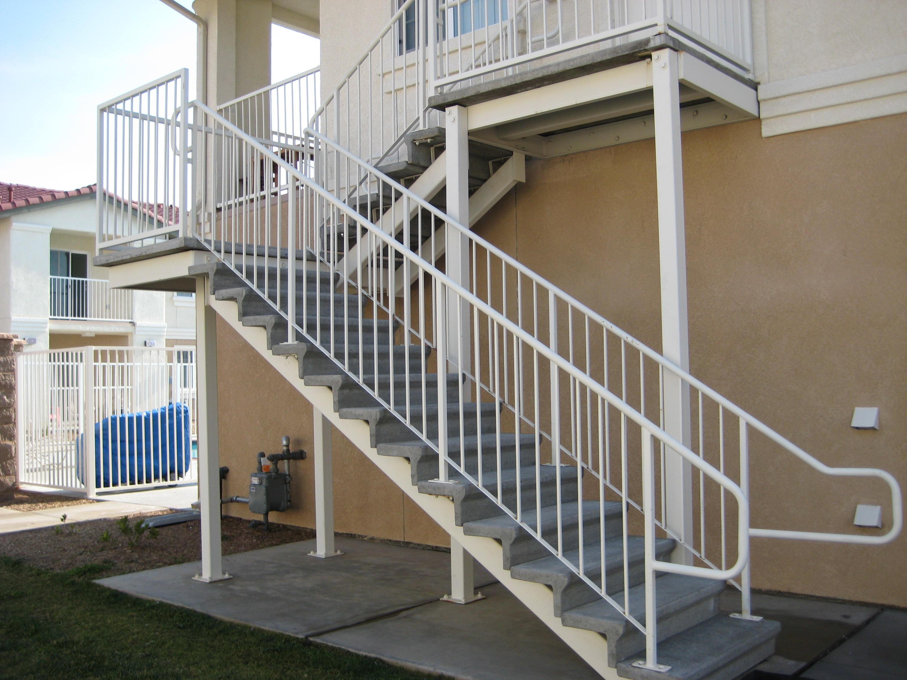 Bertelson Precast Versa Tread Stair Amp Riser System Image