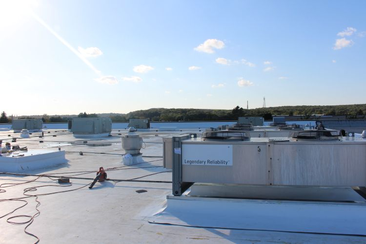 ... 55,000 GAF TPO (THERMOPLASTIC POLYOLEFIN) ROOFING SYSTEM Photo 1   Four  Seasons Roofing Inc ...