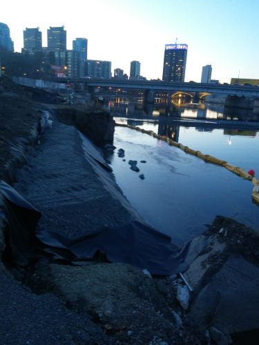 Schuylkill River Emergency Wall Repair