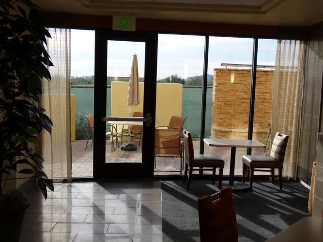 Desert Ridge Holiday Inn Photo 1 - Arizona Glass Specialists