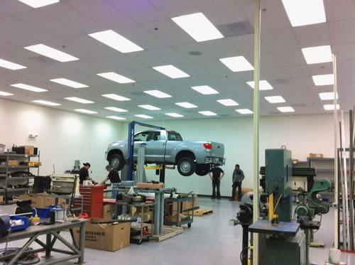Auto Hydraulic Lift / Interior Lighting - Callahan Electric