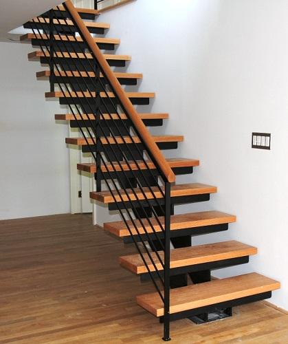 Lowry Stairs  - Besteel