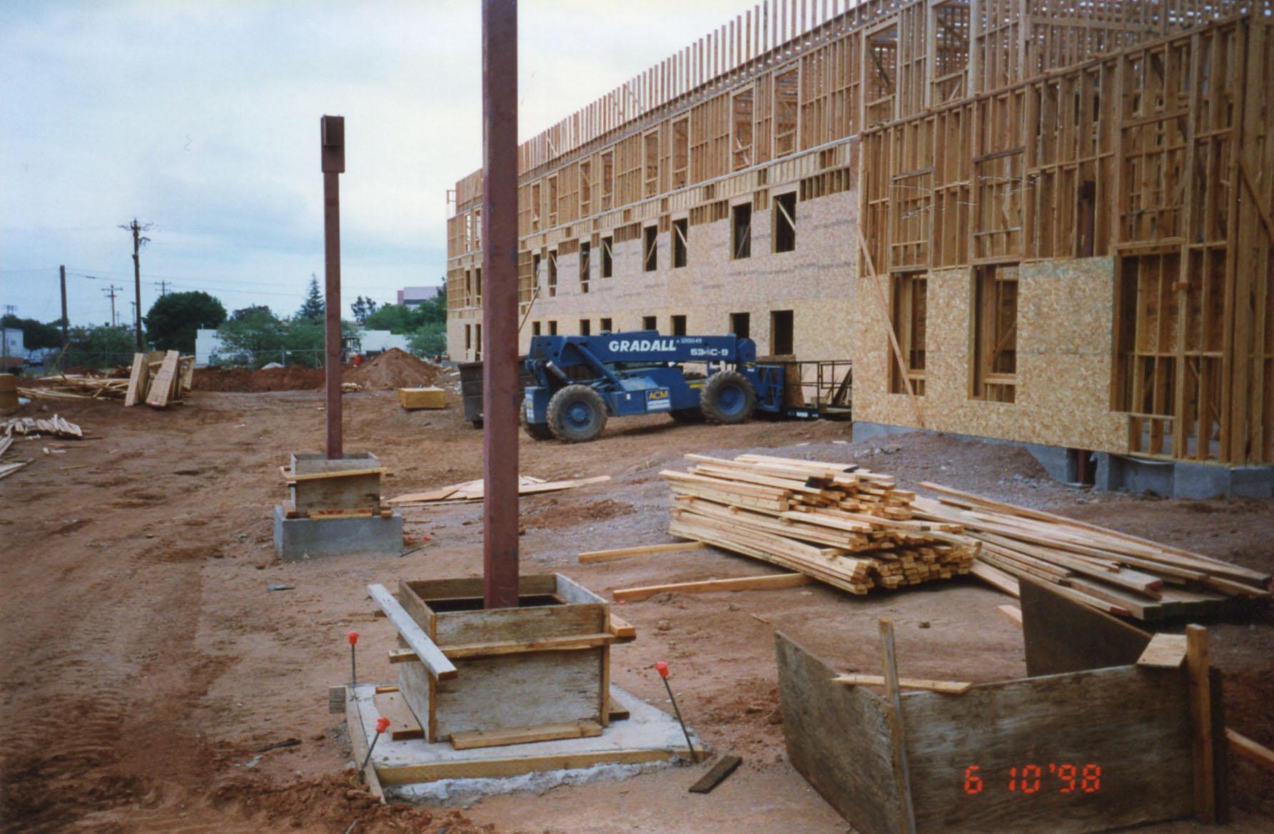 Gateway Hotel - Sierra Vista - CMR Construction LLC