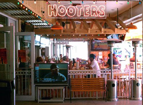 Hooters Virginia Beach Locations