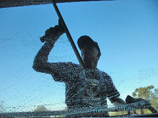 Glass Cleaning 3 - Pro-Wash Enterprise, Inc.