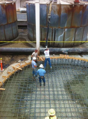 A new tank bottom in LA Harbor - Southern Cal Concrete Pumping