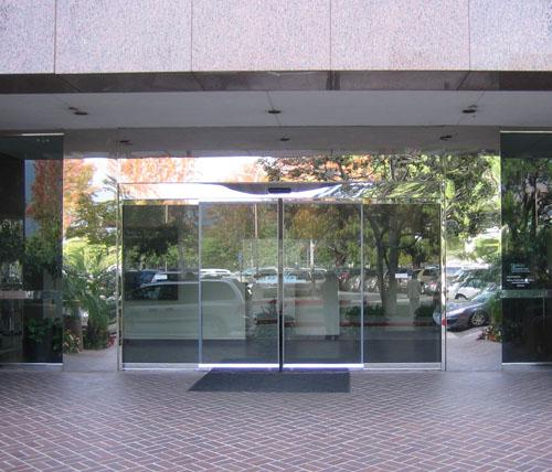 Automatic Sliding Doors 1 - Pasco Doors