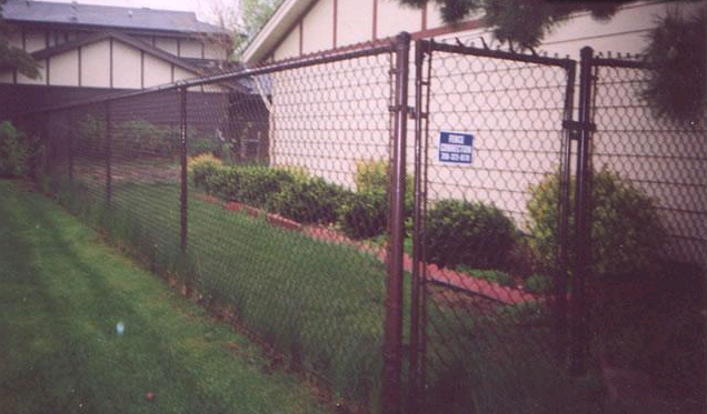 Chain Link Fence - Fence Connection, Inc.