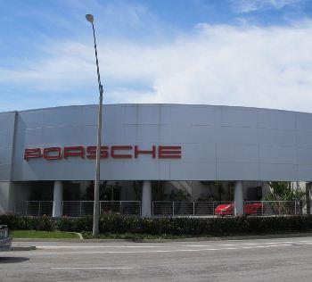 Porsche Dealership - BEFORE - Envirotek Industrial Cleaning Inc.
