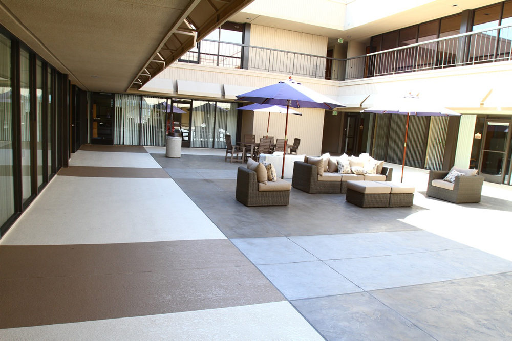 Decorative Courtyard Patio - Life Deck Coating Installations
