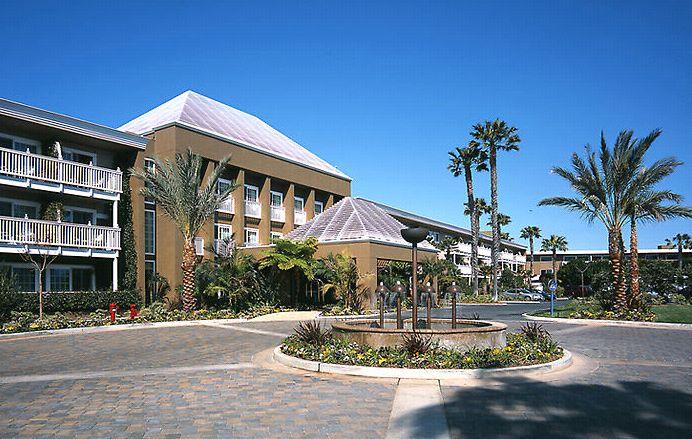 Portofino Hotel & Yacht Club - American Gardens Inc.