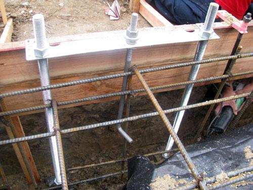 Strong Wall Connect  - Argueta Construction