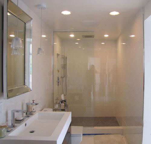 Bathroom Remodeling - Argueta Construction
