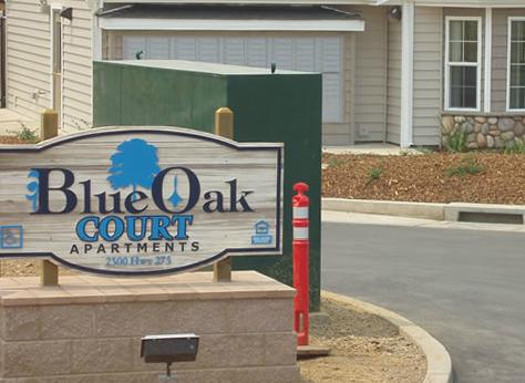 Blue Oak Apartments 1 - Vinyl Designs Inc.