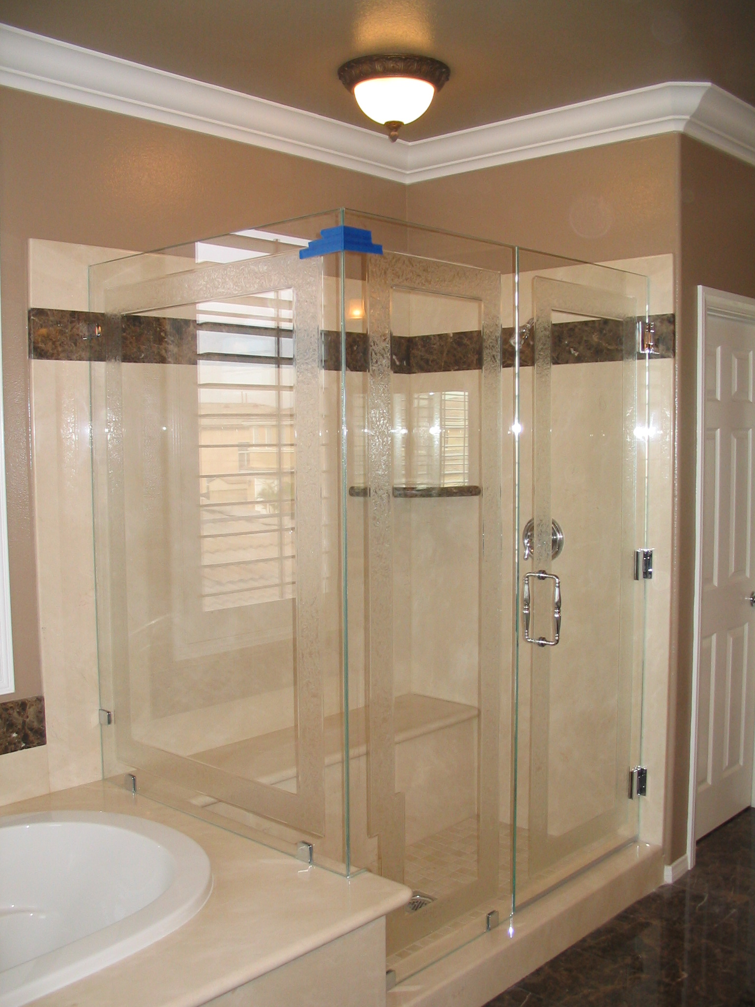 Elite Glass Enterprise Inc 12 Shower Door With Glue