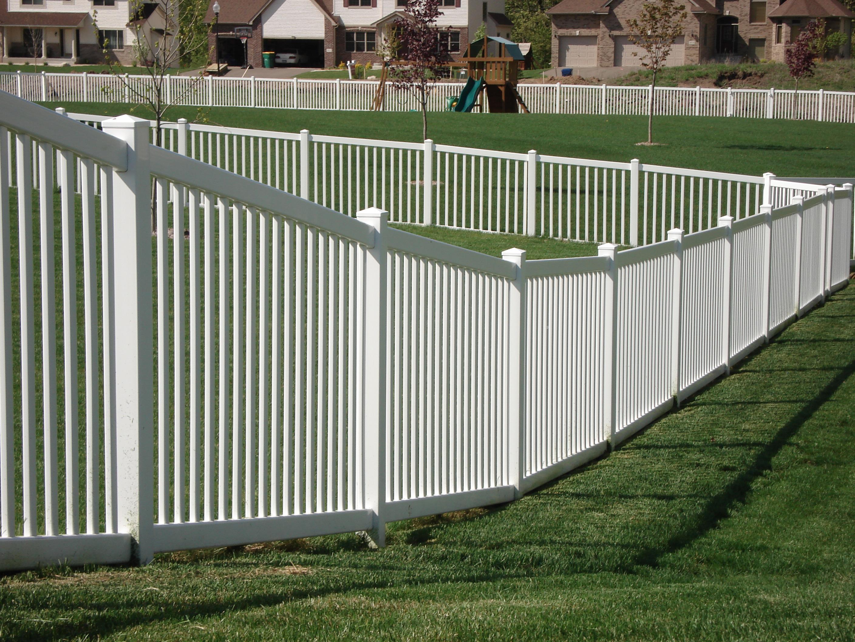 Bravo Fence White Image Proview