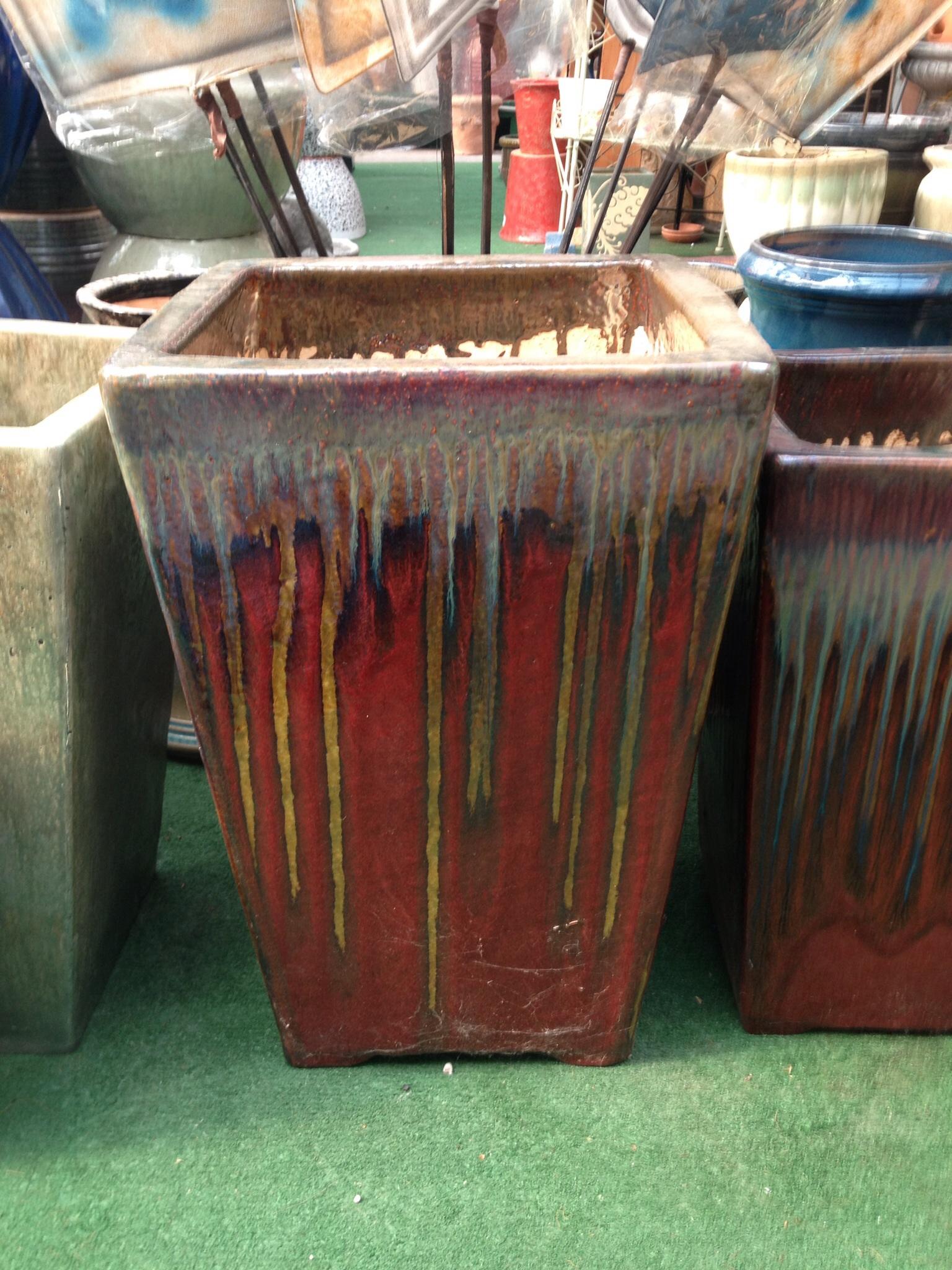 Kirshner Landscapes & Nurseries - Pottery display at garden center ...